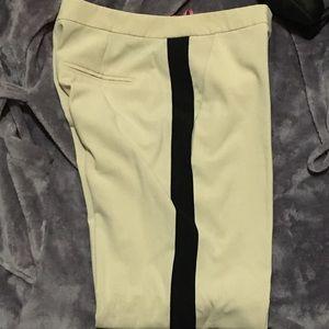PRICE DROP 👇Isaac Mizrahi dress pants